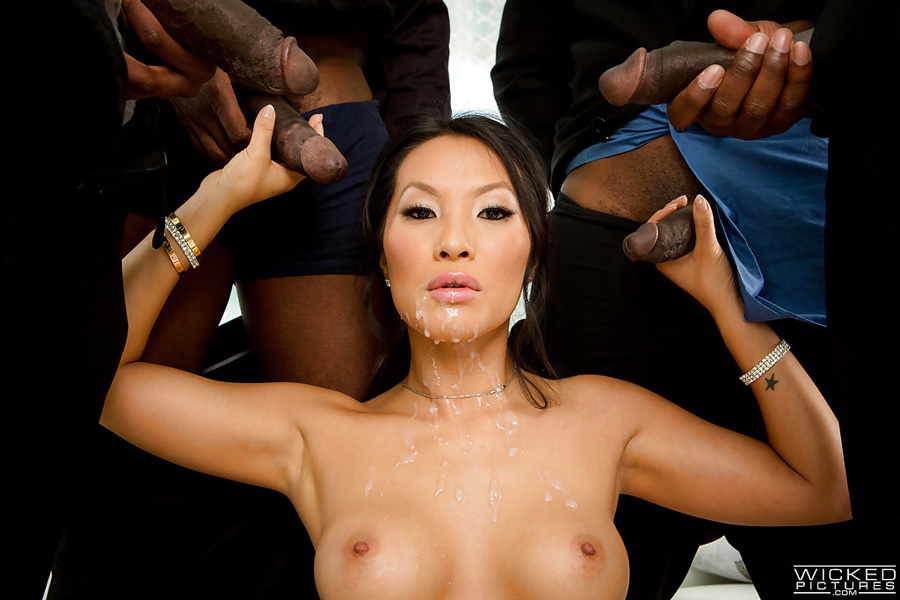 Asa Akira gangbang de pipes de blacks