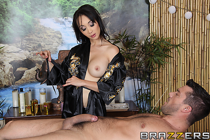 Dr Katsuni masseuse vicieuse baisée par Ramon