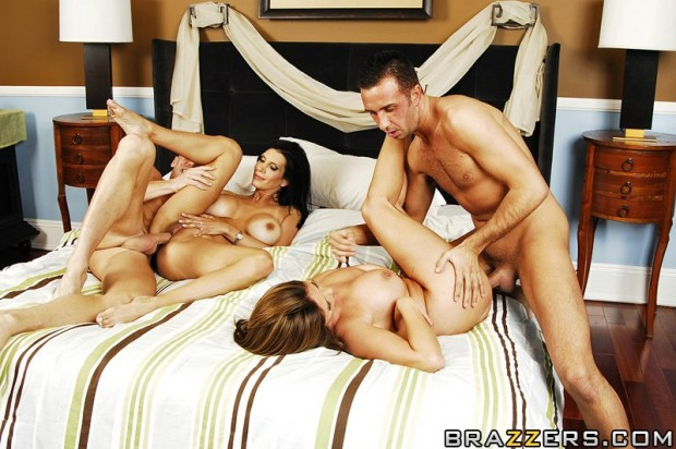 kianna-dior-shay-sights-never-a-bore-when-you-re-four-05